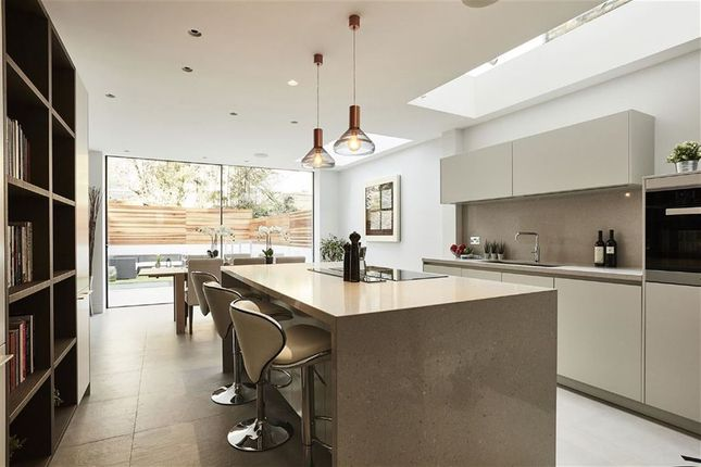 Thumbnail Terraced house for sale in Rumbold Road, London