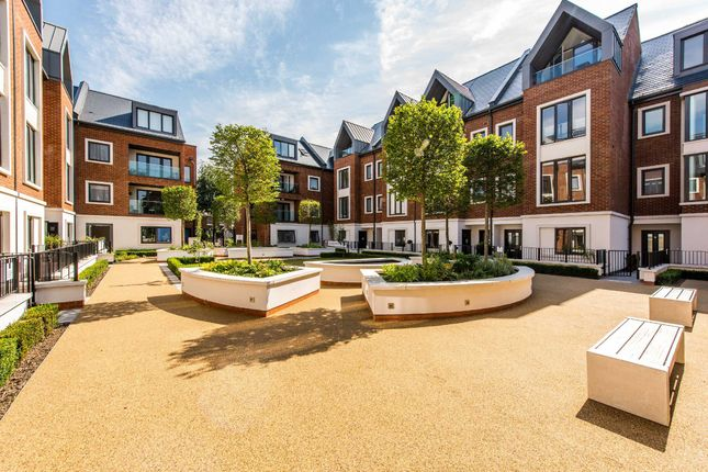 Thumbnail Property to rent in Noel Square, Teddington