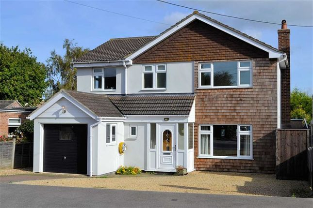 Thumbnail Detached house for sale in Bourne Road, Thatcham, Berkshire