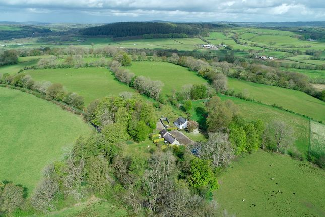 Thumbnail Country house for sale in Blaen Cyswch, Llanfair Clydogau, Lampeter, Ceredigion