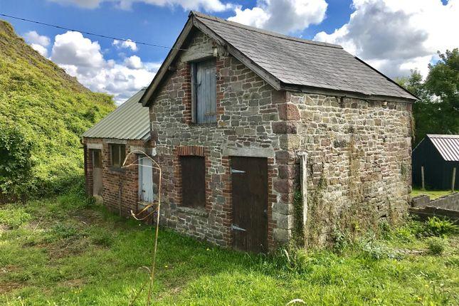 Thumbnail Barn conversion for sale in Pentregwenlais, Llandybie, Ammanford