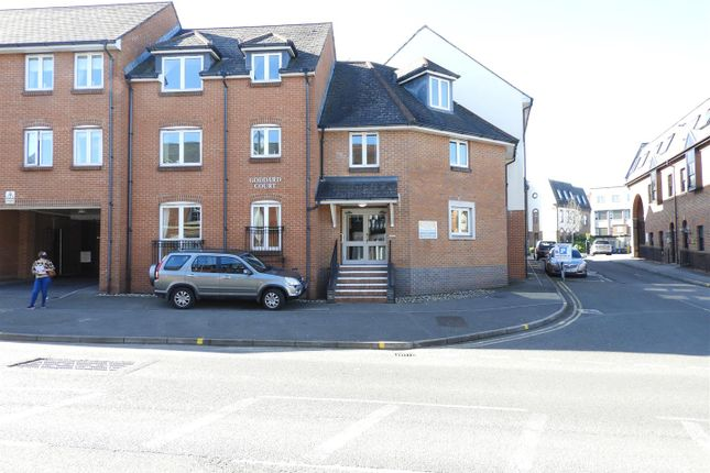 1 bed flat for sale in Cricklade Street, Old Town, Swindon SN1