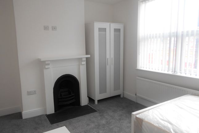 Thumbnail Terraced house to rent in Shoreham Street, Sheffield