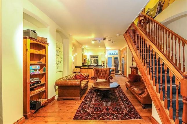 Thumbnail Town house to rent in Brecon Road, London