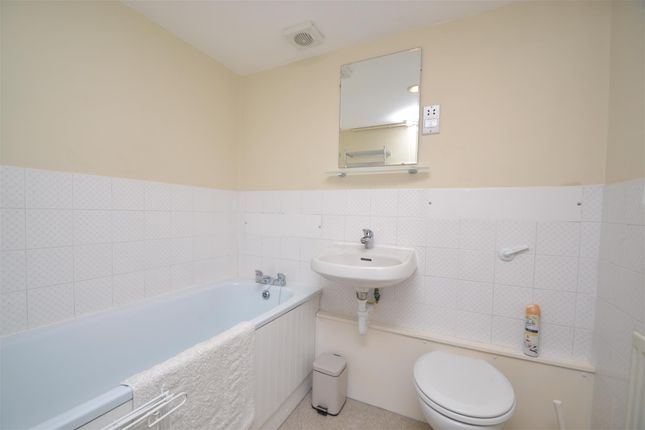 Bathroom/WC of Smugglers Row, The Packet Quays, Falmouth TR11