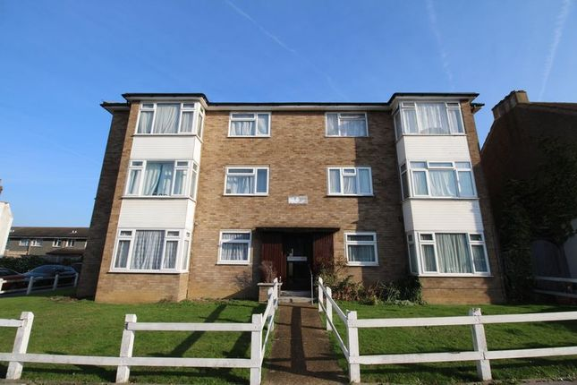 2 bed flat for sale in Osborne Gardens, Thornton Heath