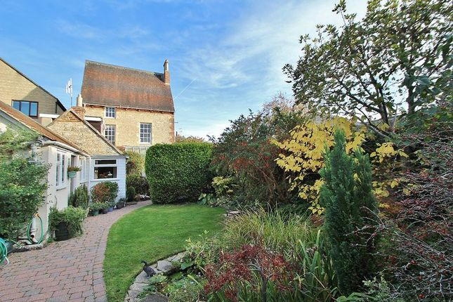 Thumbnail Detached house for sale in Gloucester Place, Gloucester Cottage, Witney