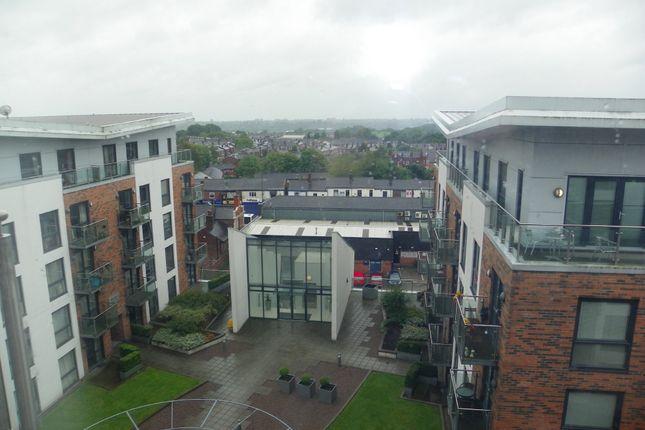 2 bed flat to rent in Cedar Court, The Radius, Prestwich M25