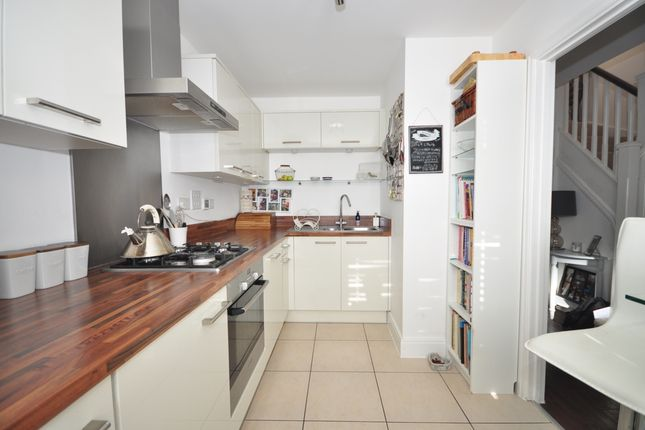 Thumbnail Semi-detached house to rent in Aubin Wood, Emsworth
