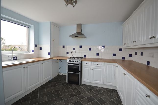 Thumbnail Maisonette to rent in Liphook Road, Lindford, Bordon