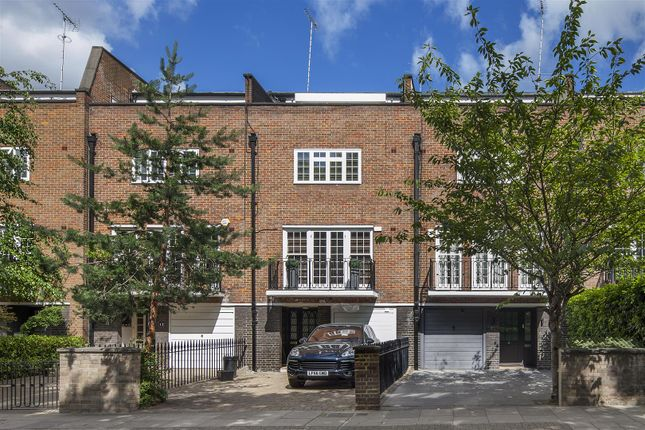 4 bed terraced house for sale in Blomfield Road, London