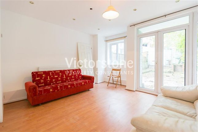 Thumbnail Town house to rent in Vallance Road, Whitechapel, London