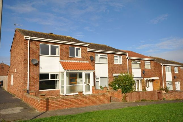 Thumbnail Terraced house to rent in Rosedale Close, Whitby