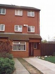 Thumbnail Semi-detached house to rent in Well Close Rise, Woodhouse, Leeds
