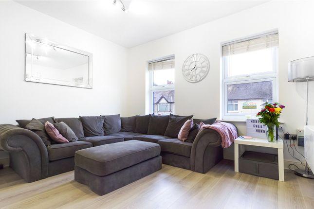 Living Room of School Road, Tilehurst, Reading, Berkshire RG31