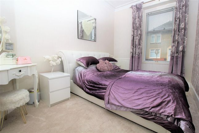 Bedroom 2 of Mungalhead Road, Falkirk FK2