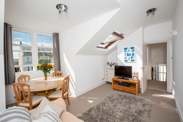 Thumbnail Flat to rent in Westbourne Villas, Hove