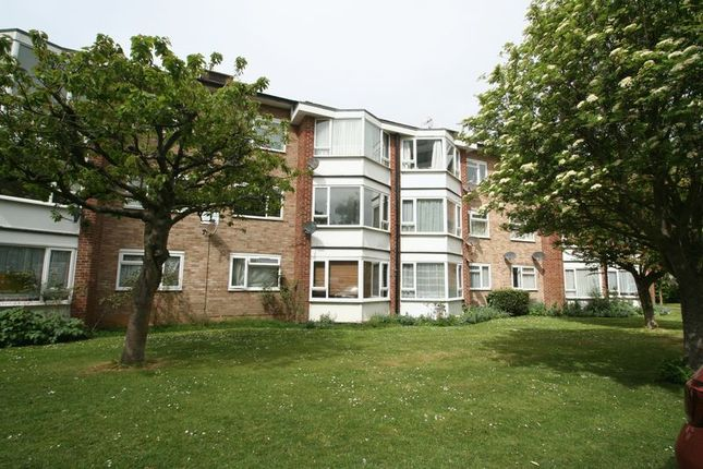 Thumbnail Flat for sale in Durrington Gardens, The Causeway, Goring-By-Sea, Worthing