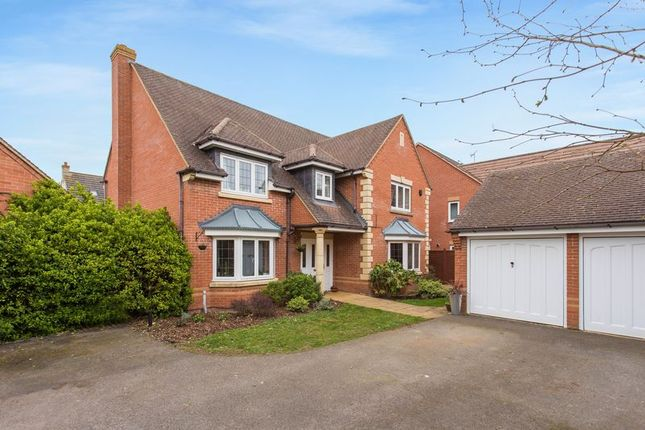 Thumbnail Detached house for sale in Coltsfoot Leyes, Bicester