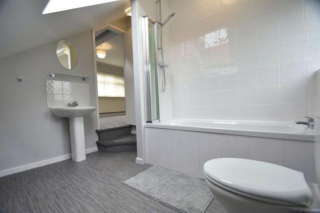 En-Suite of Langley Road, Sale M33
