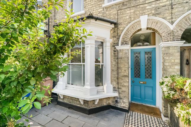 Thumbnail Terraced house for sale in Avondale Rise, London