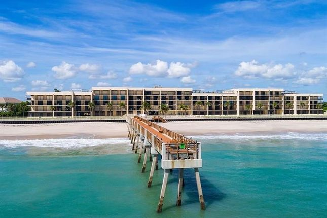 Thumbnail Town house for sale in 4800 Highway A1A, Vero Beach, Florida, United States Of America