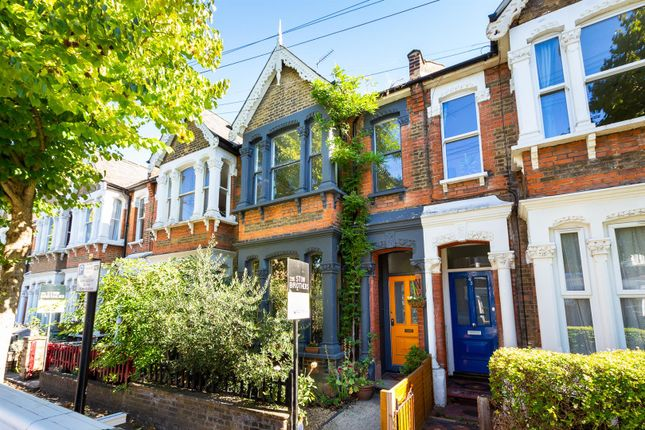 Thumbnail Terraced house for sale in Cleveland Park Avenue, London