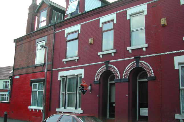 Thumbnail Terraced house to rent in Cliff Avenue, Salford