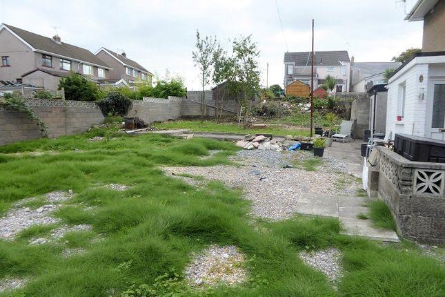 Side Garden of James Close, Bryncethin, Bridgend, Bridgend. CF32