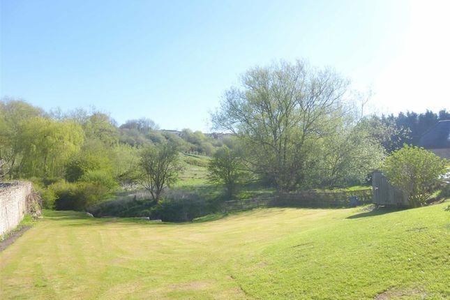 Thumbnail Flat to rent in Westleaze, Swindon, Wiltshire