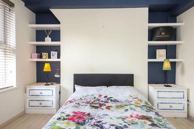 Master Bedroom of Milk Yard, London E1W