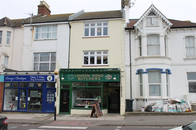 Thumbnail Maisonette to rent in London Road, Bexhill-On-Sea