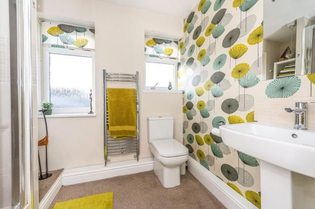 En Suite of Lune Avenue, Liverpool, Merseyside L31
