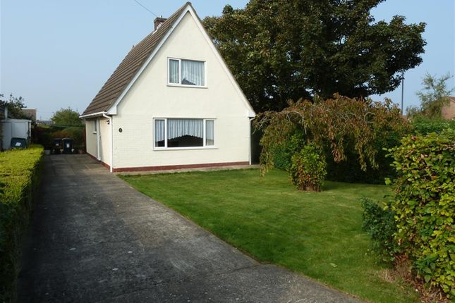 Thumbnail Detached house for sale in Golf Road, Mablethorpe