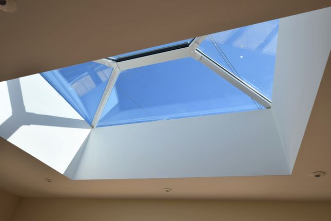 Roof Lantern of Coast Road, Pevensey Bay BN24