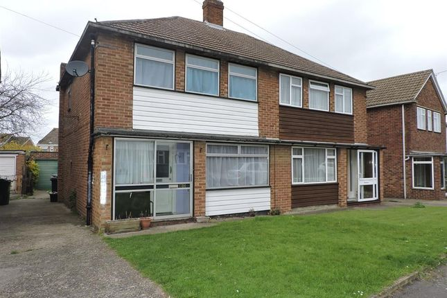 3 bed semi-detached house for sale in Weardale Avenue, Dartford