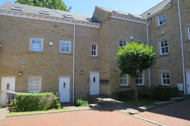 Thumbnail Property to rent in High Street, Morley, Leeds