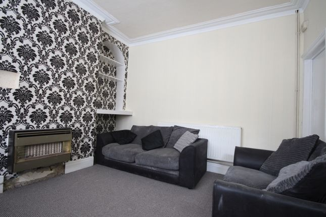 Thumbnail Terraced house to rent in Woodview Street, Leeds, West Yorkshire