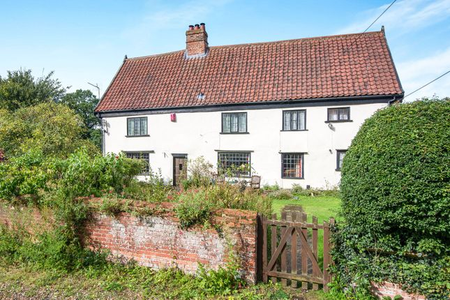 Thumbnail Property for sale in Norwich Road, Barnham Broom, Norwich, Norfolk