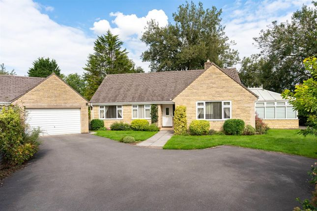 Thumbnail Detached bungalow for sale in Dikler Close, Bourton On The Water, Gloucestershire
