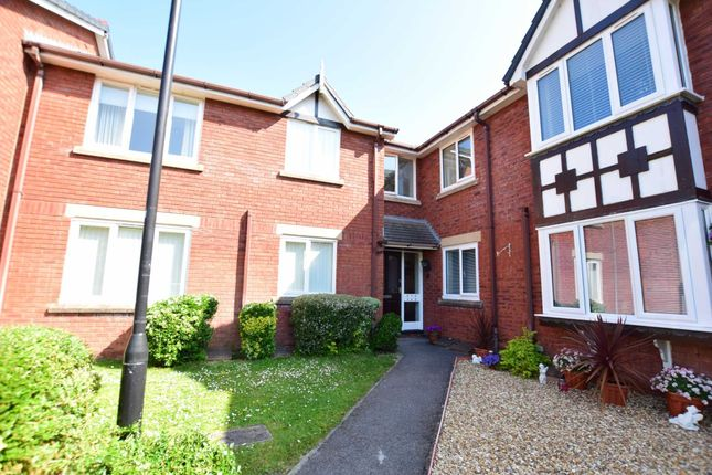 Thumbnail Flat to rent in Holmeswood, Kirkham, Preston