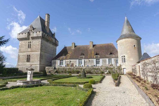 Thumbnail Property for sale in Deux-Sèvres, Deux-Sèvres, 79110, France