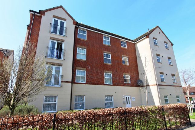 Thumbnail Flat to rent in East Shore Way, Portsmouth