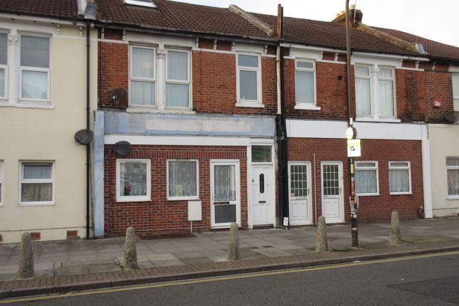 Thumbnail Flat to rent in Francis Avenue, Southsea