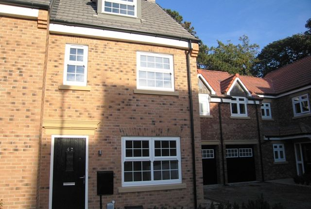 Thumbnail Semi-detached house to rent in Cleminson Halls, Cottingham
