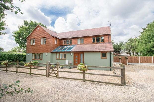 Thumbnail Detached house for sale in Thistley Green Road, Braintree
