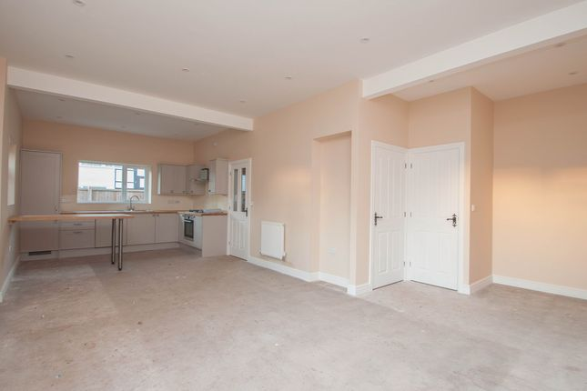 3 bed semi-detached house for sale in Grafton, Hereford