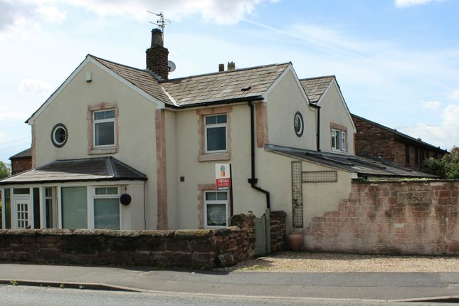 Thumbnail Cottage for sale in Warrington Road, Rainhill
