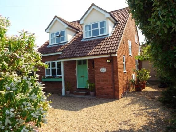 Thumbnail Detached house for sale in Cambridge Road, Frinton-On-Sea