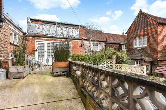 Thumbnail Cottage for sale in Tarrant Street, Arundel, West Sussex